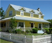 Photo of Yellow House Bed and Breakfast - Salado, TX